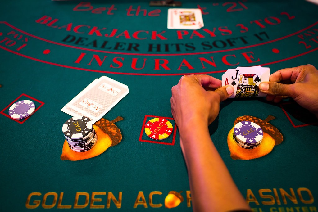 Betting etiquette texas holdem